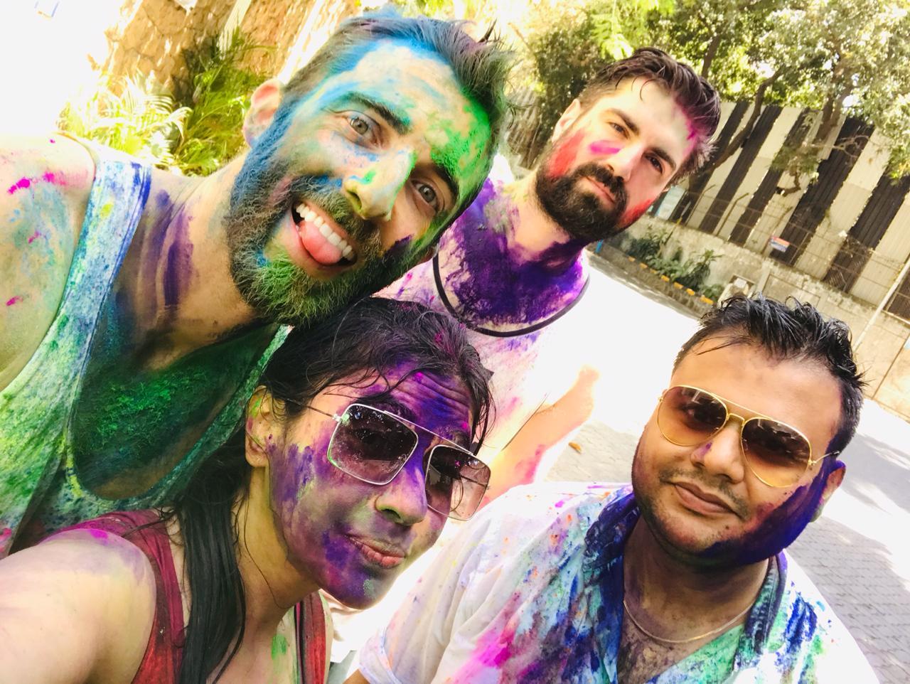 india mumbai color festival gringo