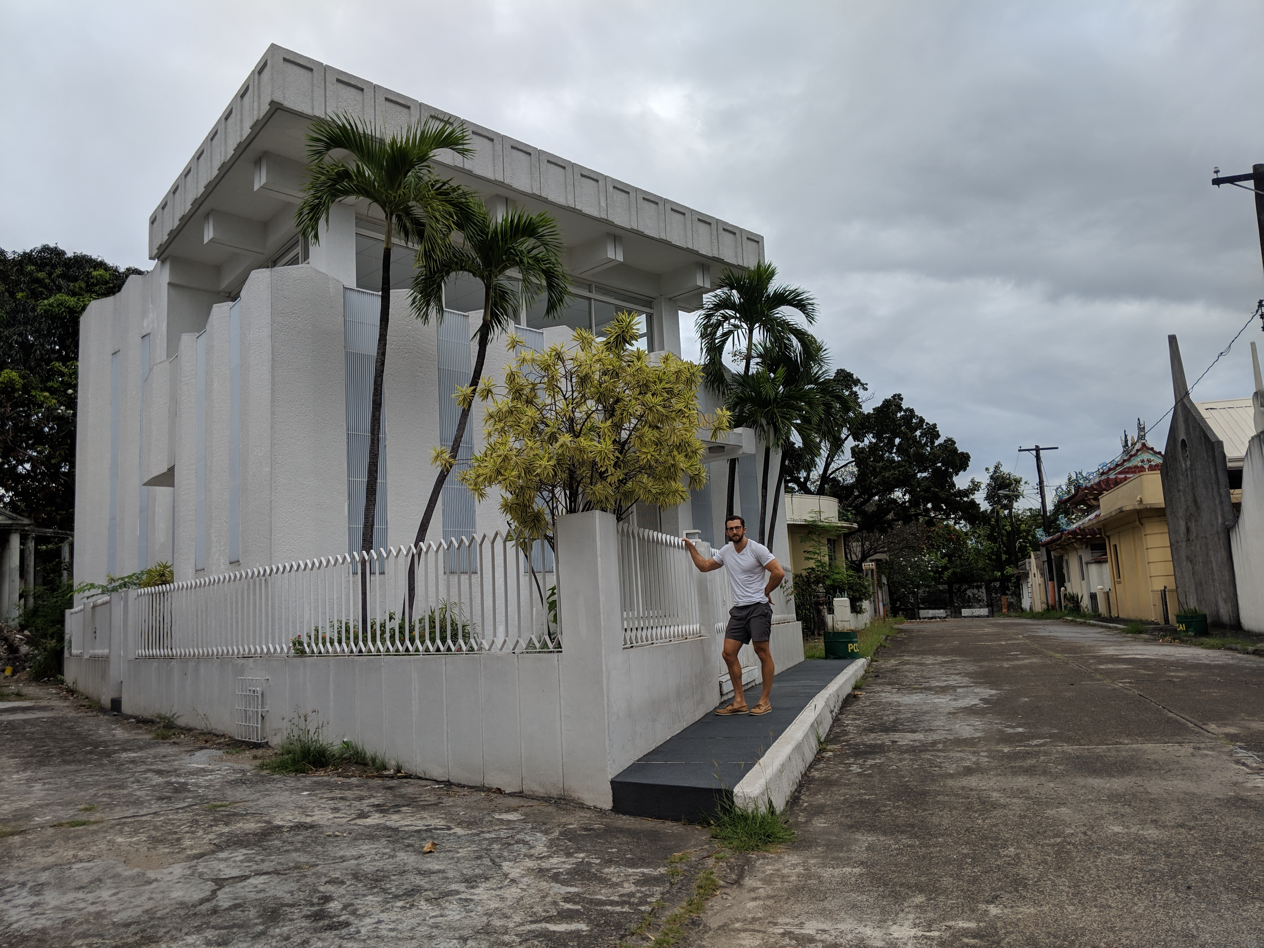 ghost town cemetery with mansions manila philippines