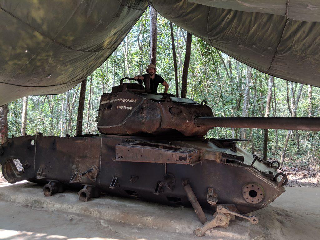 chu chi tunnels vietnam daytrip