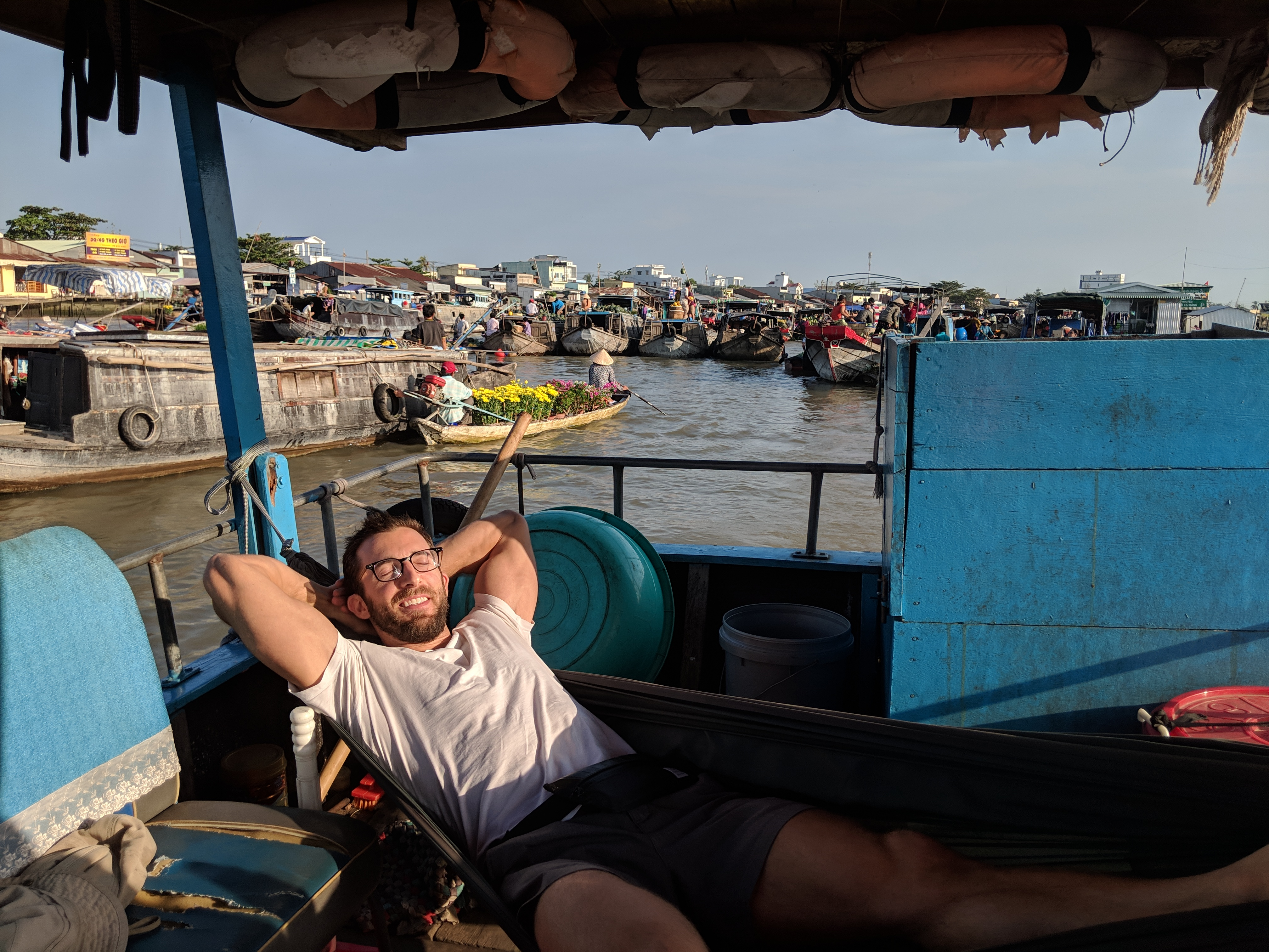 can tho river market in vietnam digital nomad nap