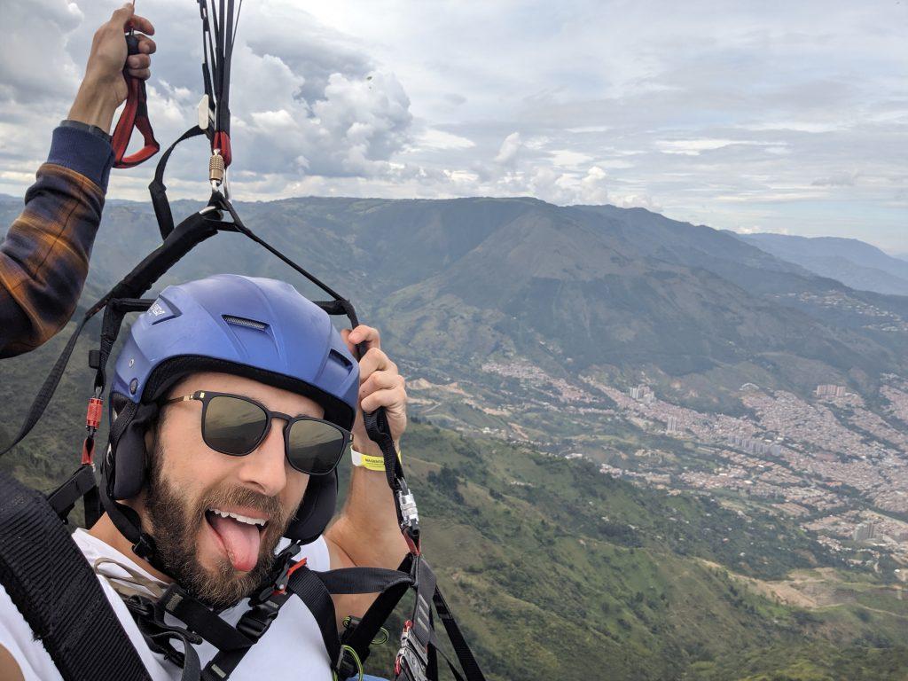 paragliding in san felix colombia medellin