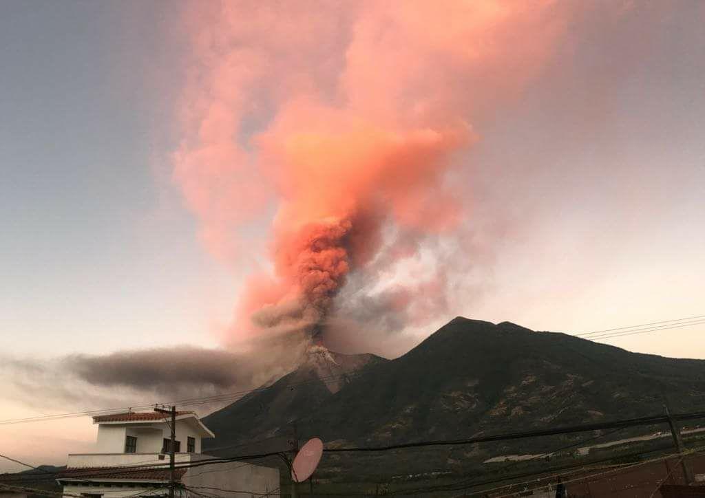 volcanic eruptions antigua guatemala 2018