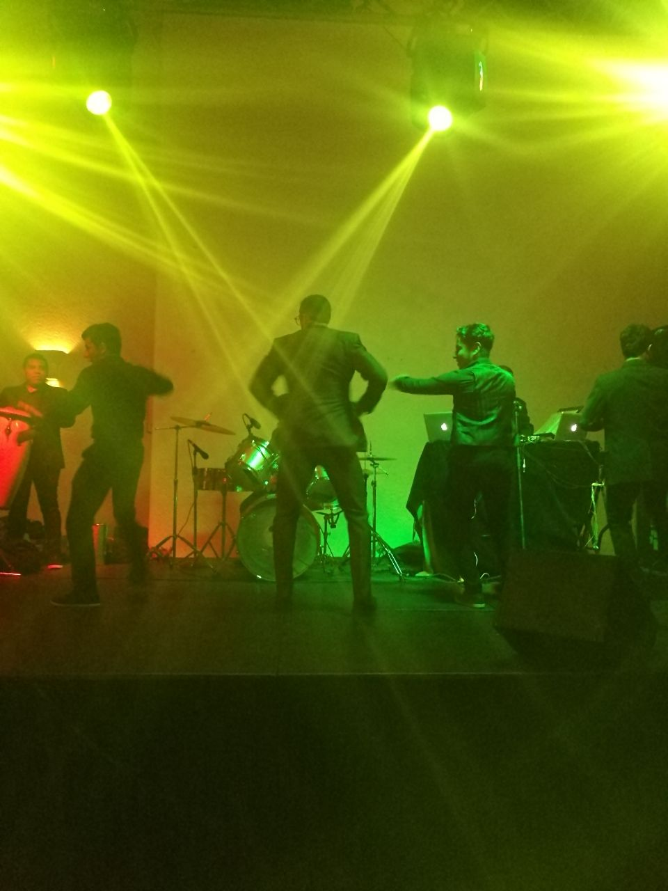 guatemalan wedding gringo dancing