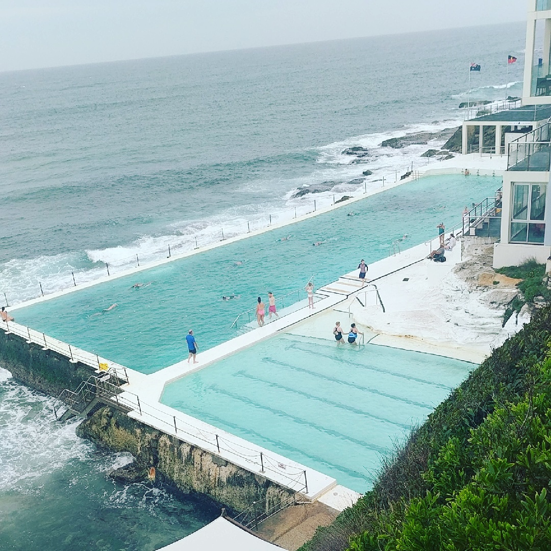 outdoor seaside pool sydney australia