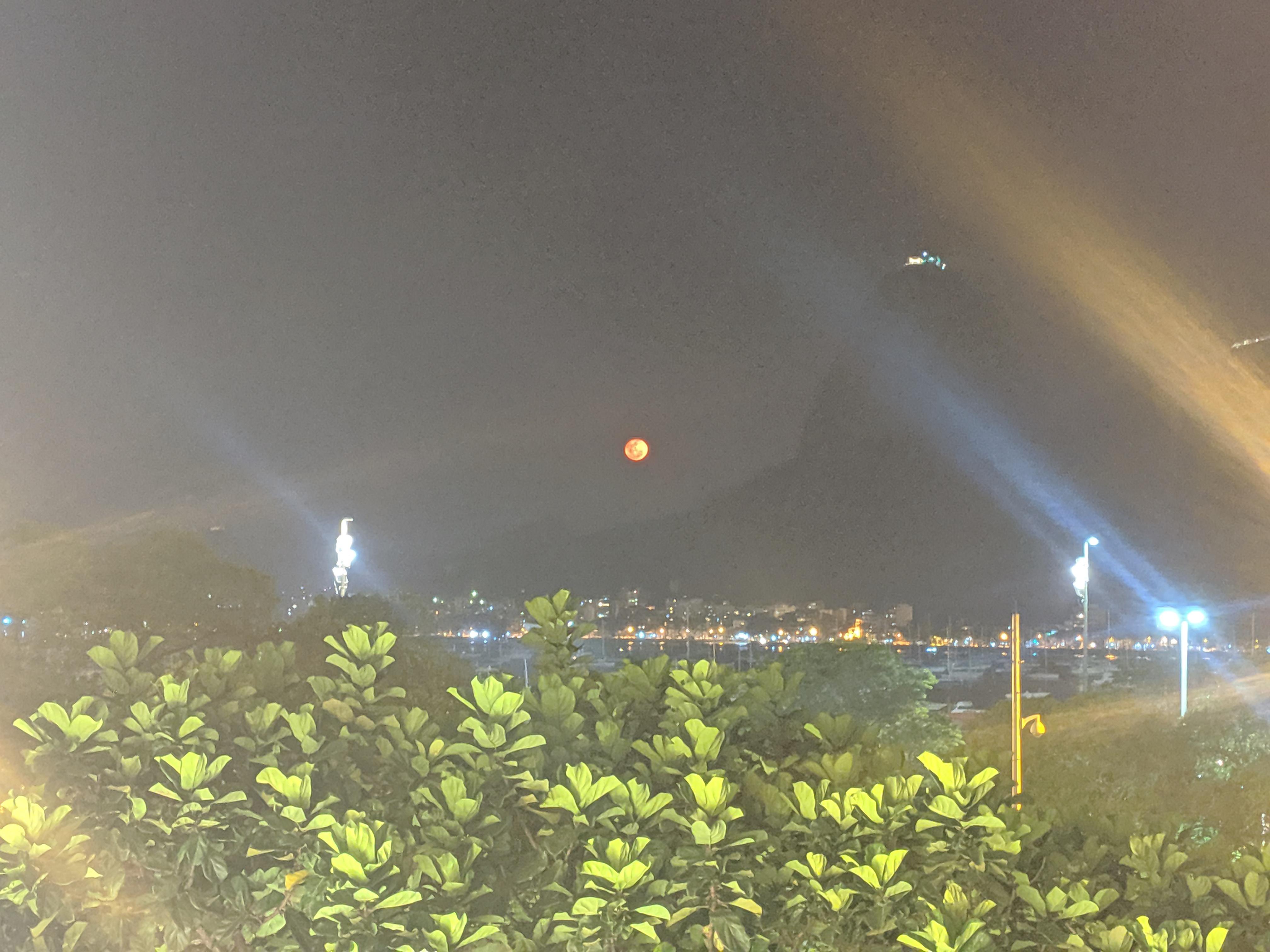 orange low big full moon rio de janeiro