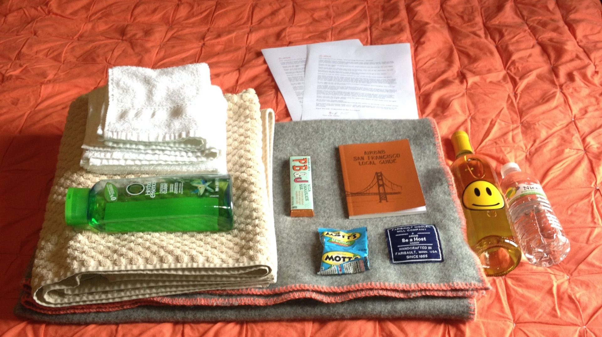 For $100, the Airbnb got towels, shampoo, a welcome note, SF guidebook, snacks, and a bottled water