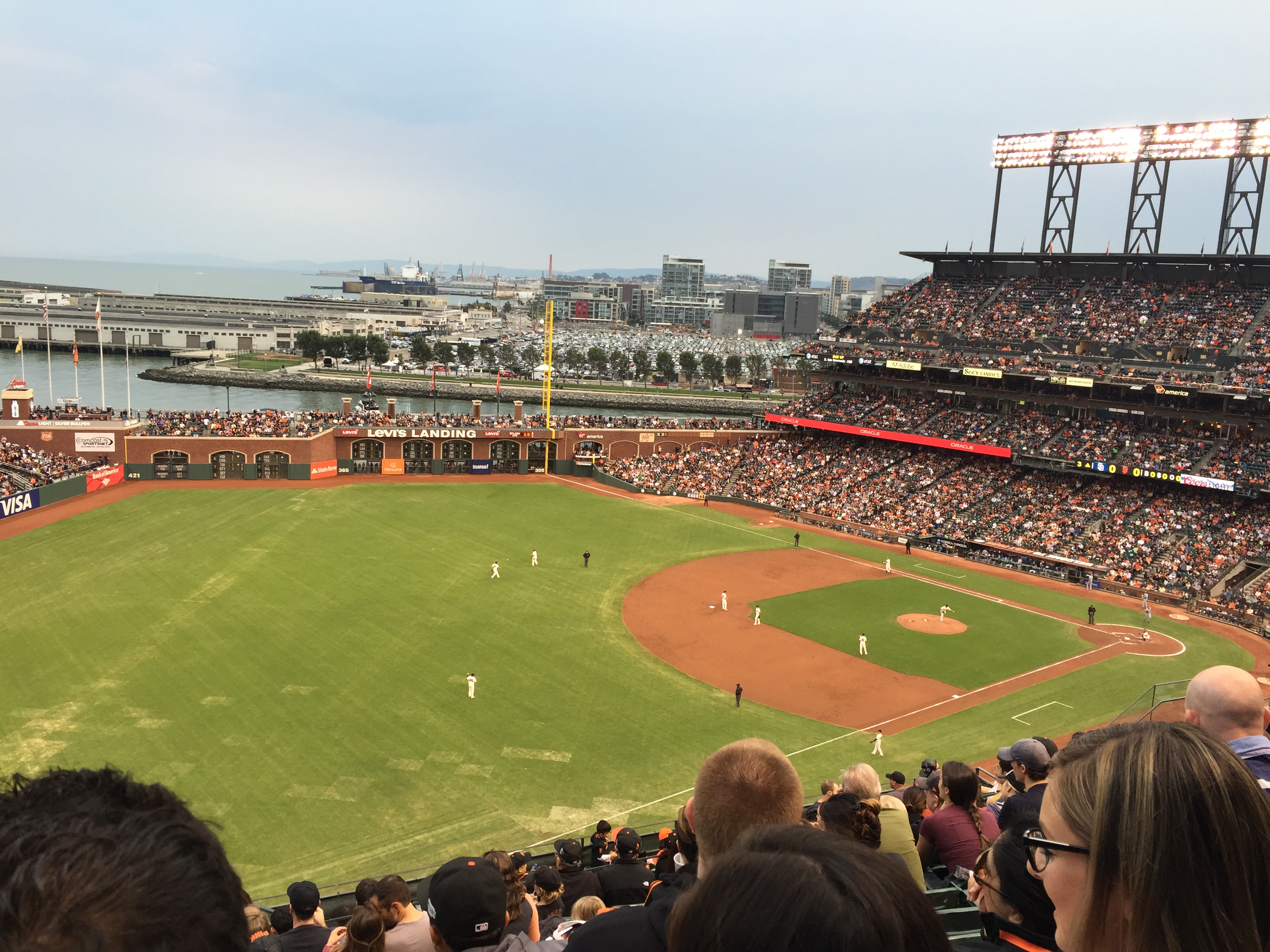 san francisco giants stadium with bay view