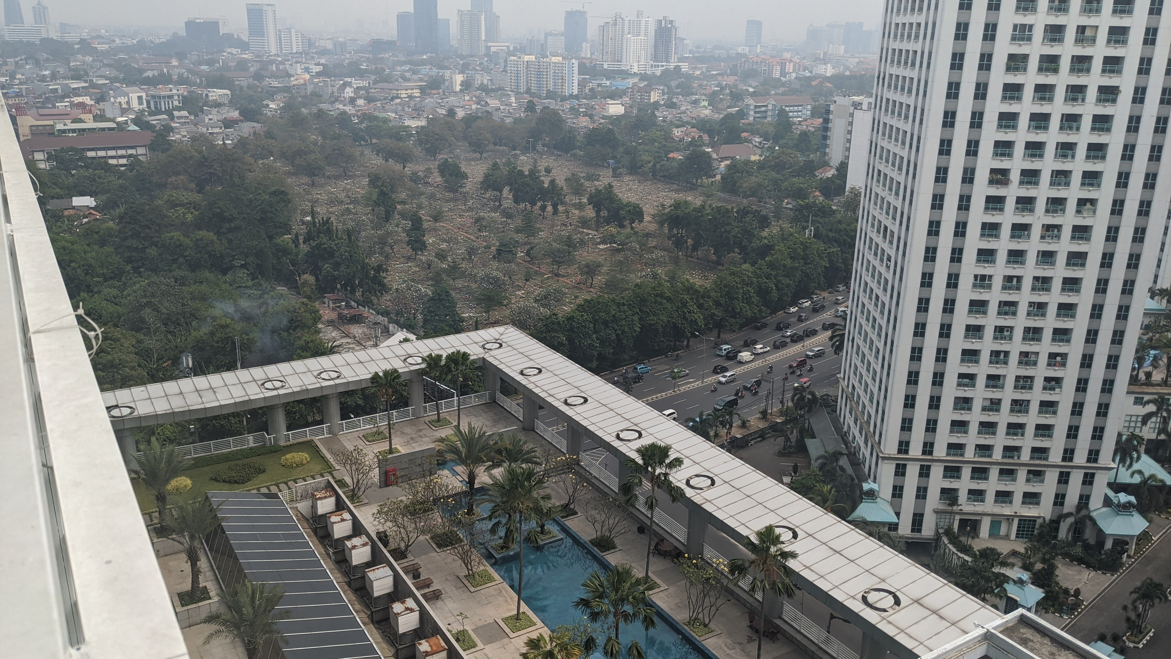 jakarta surdiman apartment with rooftop pool